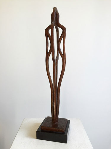 Kunst awards, bronzen mensfiguren, abstract beeld van beeldhouwer Ragonda IJtsma
